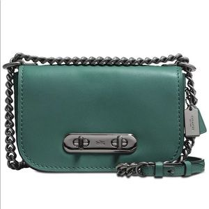 Coach 18858 Swagger20 Stone Glovetanned Leather